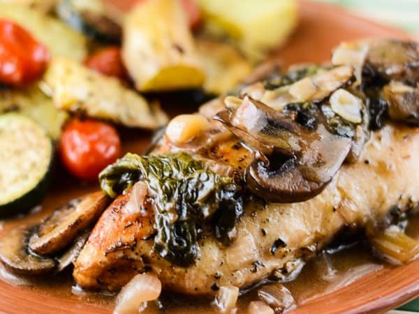 Mushroom Spinach Chicken with White Wine Sauce