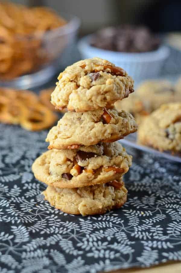 Oatmeal Peanut Butter Pretzel Chunk Cookies