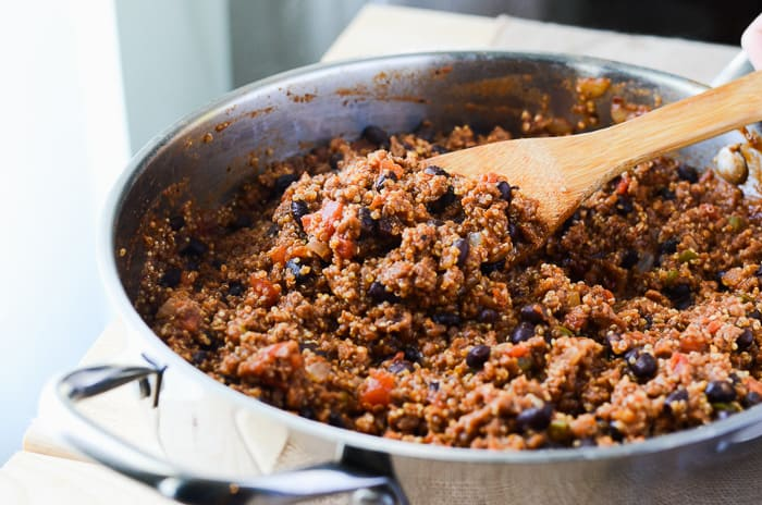 One Pan Vegan Quinoa Chili | Everything you love about chili, but healthier - it's packed with protein-rich quinoa and made meatless with Gardein (but you can't even tell!)