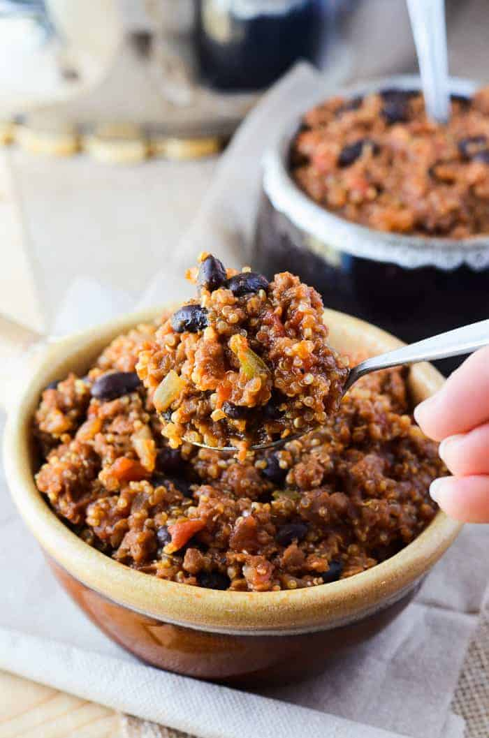 One Pan Vegan Quinoa Chili