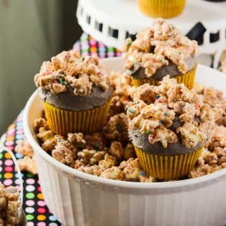 Cookie Butter Popcorn Cupcakes