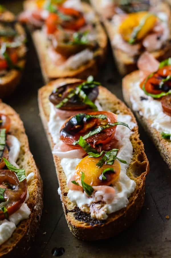 Burrata Caprese Crostini with Prosciutto | A creamy twist on a classic ...