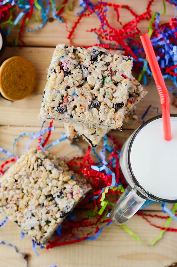 Oreo Funfetti Rice Krispie Treats | Make going back to school fun with this colorful, Oreo-studded variation of the classic Rice Krispie Treat - or just transport yourself back to childhood!