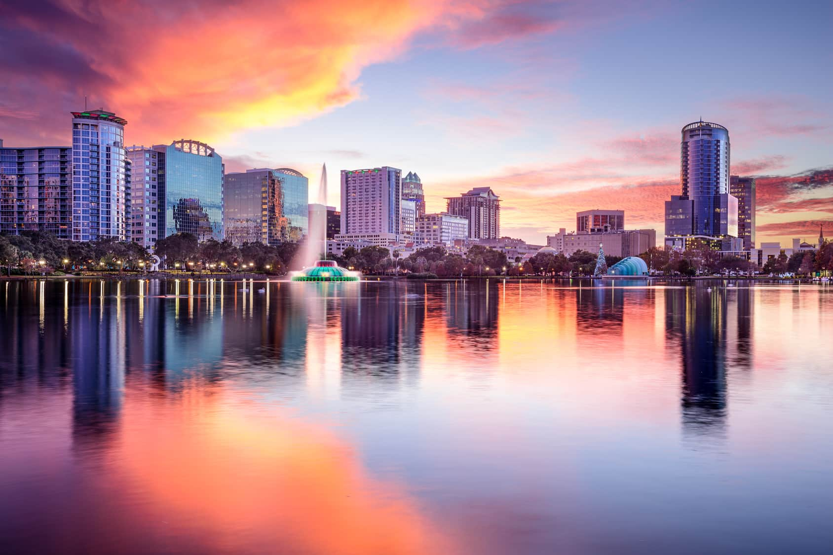 Heading to Orlando for vacation, or looking to take a staycation close to home? Just ask a Florida native how to do Orlando - outside of the theme parks!