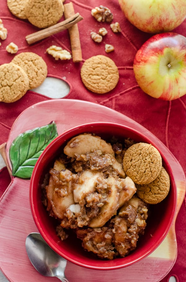 Slow Cooker Apple Gingerbread Crumble | A holiday twist on a popular dessert for a crowd, this slow cooker apple crumble combines orchard sweetness with the warm spiciness of gingerbread.