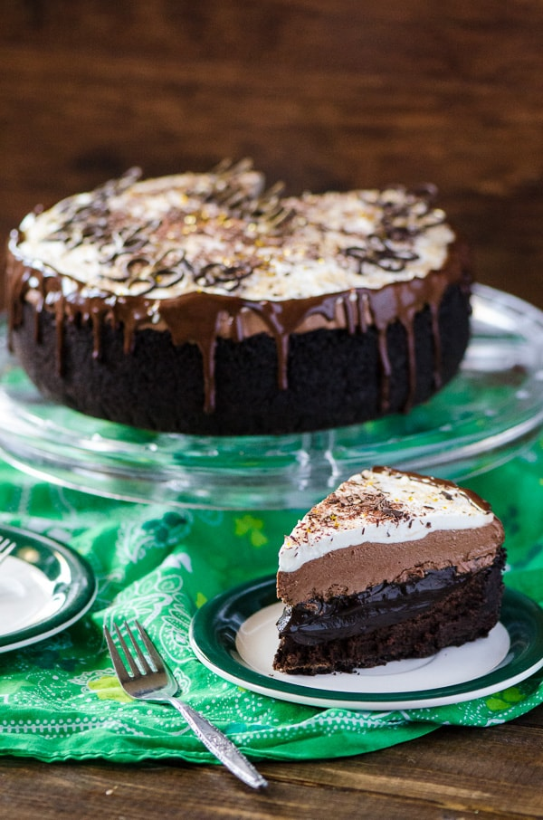 ... cake, a layer of chocolate espresso pudding, an Irish cream chocolate