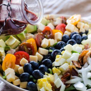 Blueberry Cobb Salad with Blueberry Balsamic Vinaigrette #BrunchWeek #BlueberryToss #FWCon
