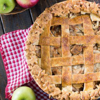 Nana's Apple Pie #AppleWeek