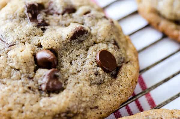 brown-butter-coffee-chocolate-chunk-cookies-1-2