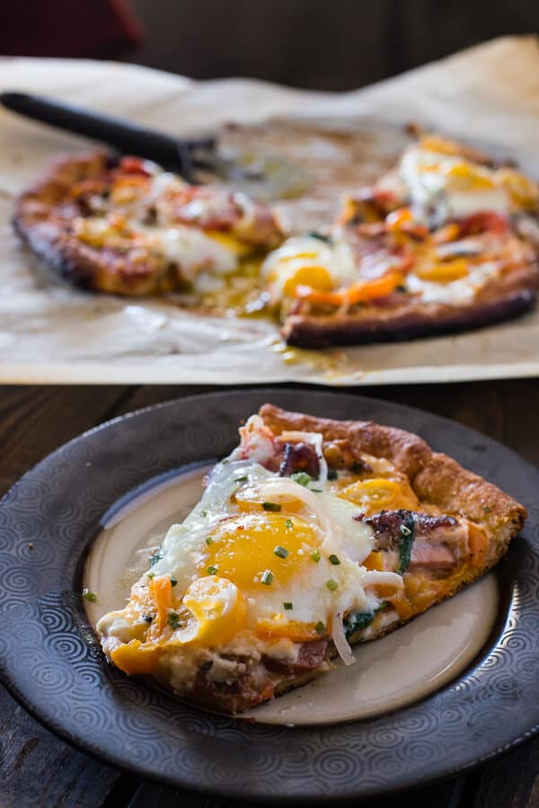 Pizza for breakfast doesn't have to mean cold leftovers - this easy 30-minute Supreme Breakfast Pizza is built on a buttery crescent crust and is loaded with anything and everything your hungry morning belly can imagine!