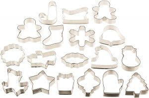 The Crumby Kitchen: Favorite Cookie Cutters