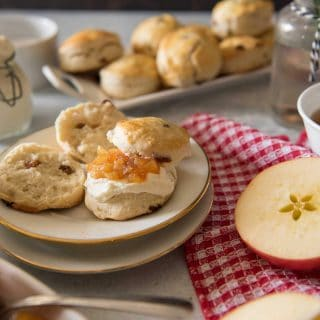 English Raisin Scones with Apple Jam #BrunchWeek