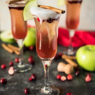 Apple Cranberry Mimosas #CranberryWeek