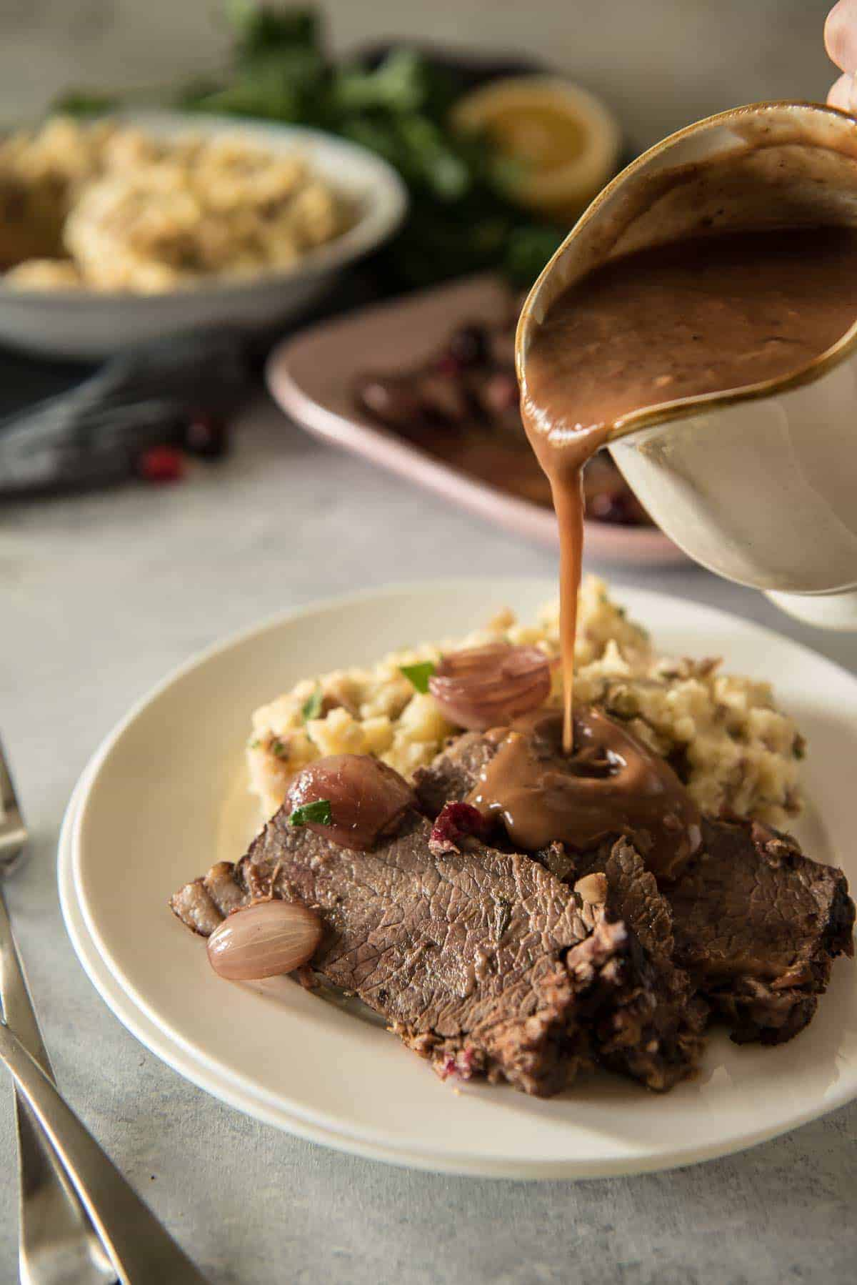 Cranberry Orange-Braised Instant Pot Beef Brisket #Beefsgiving