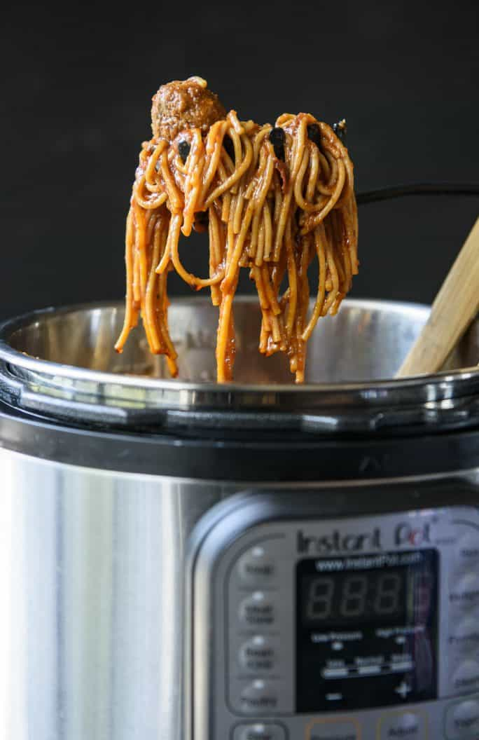 30-Minute Instant Pot Spaghetti and Meatballs; Instapot recipes