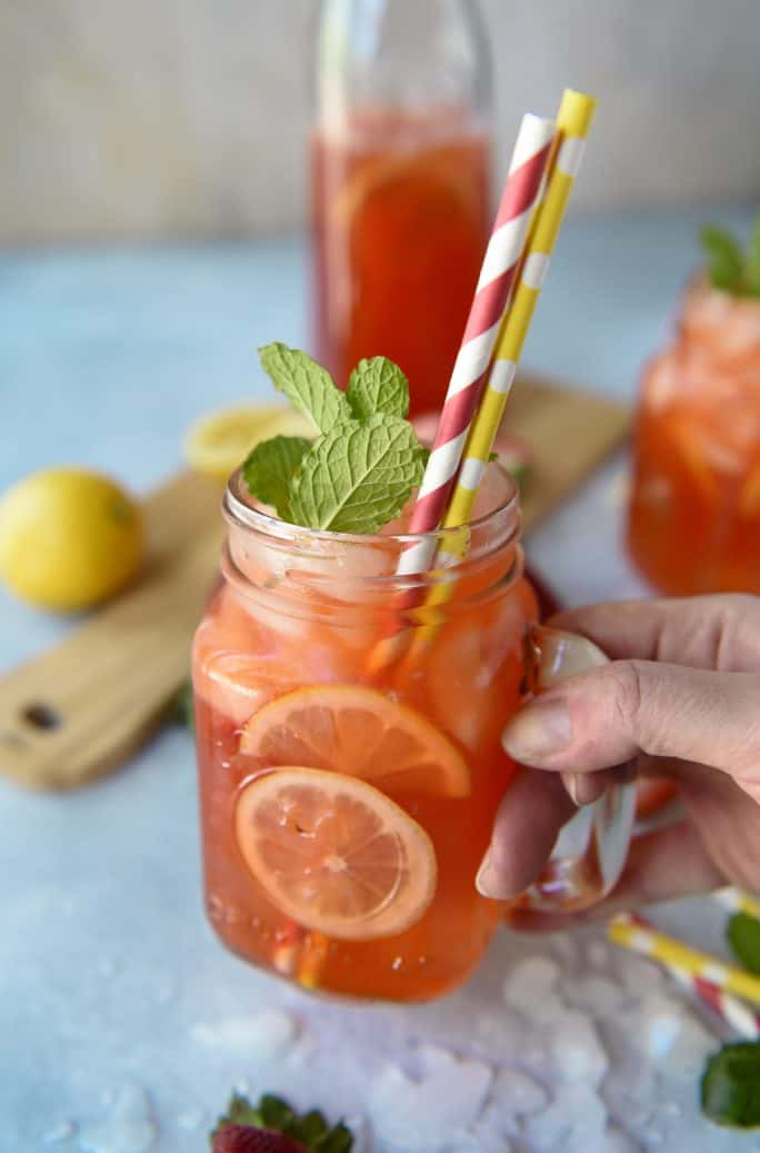 Fresh Minted Strawberry Lemonade