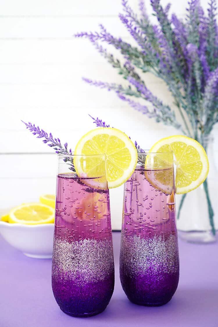 21 Refreshing Summer Cocktails Perfect for Brunch - Lavender Lemonade Prosecco Cocktails
