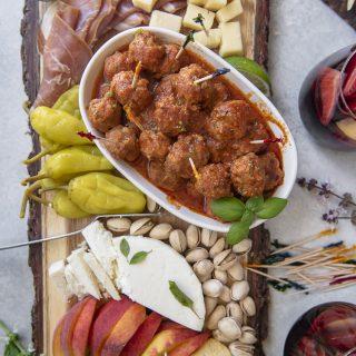 Chorizo Albondigas receta; Spanish Tapas platter