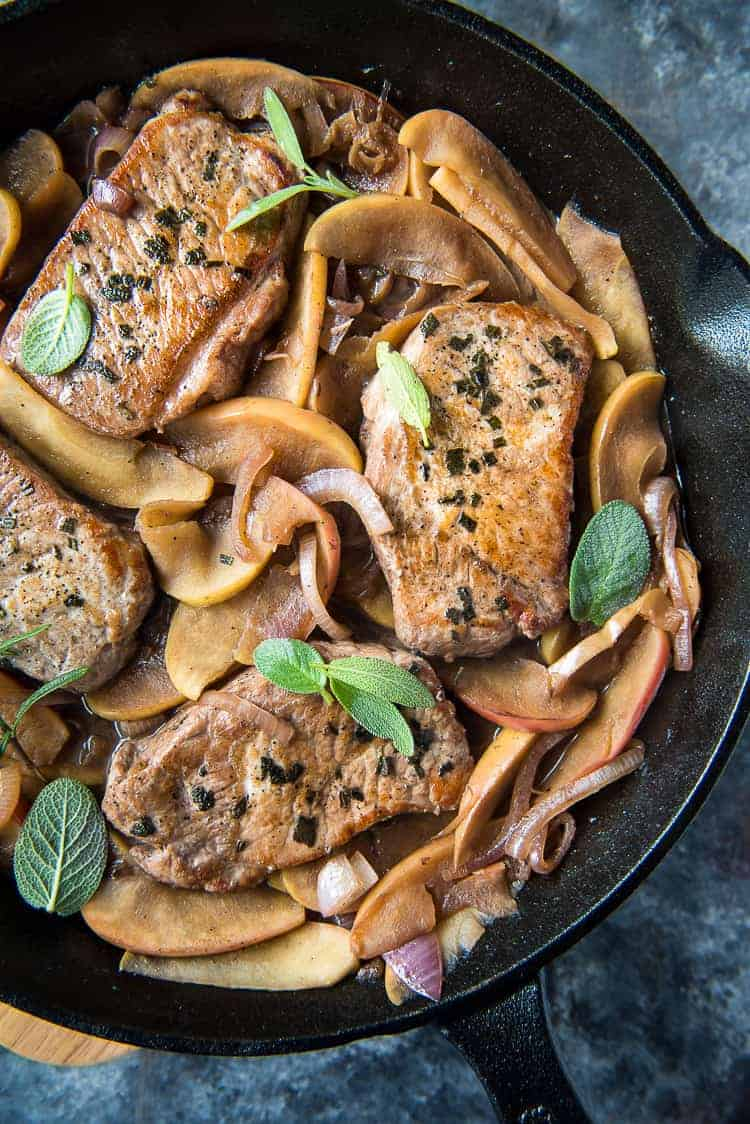 Boneless Pork Chops with Caramelized Apples