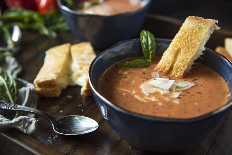 Easy Tomato Basil Soup with grilled cheese dipper