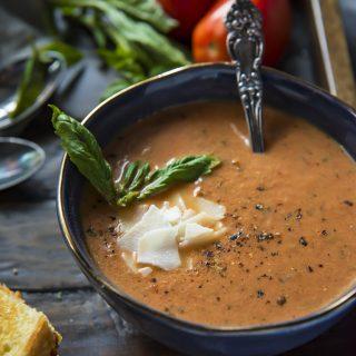 Instant Pot Roasted Tomato Basil Soup
