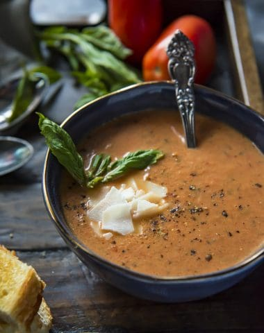 Instant Pot Roasted Tomato Basil Soup