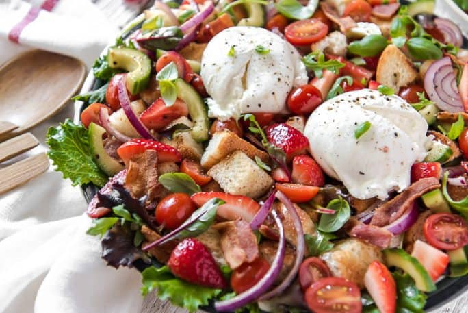 Closeup of Strawberry Panzanella Bread Salad with Burrata