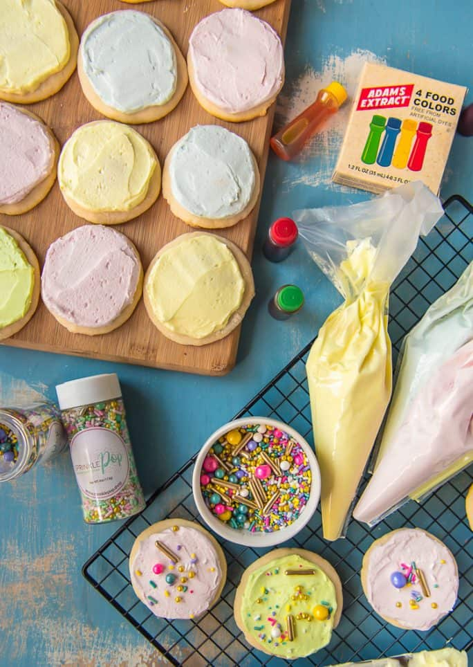 Decorating Soft Sugar Cookies with Frosting